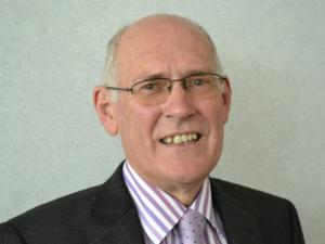 Dr David Goodbourn