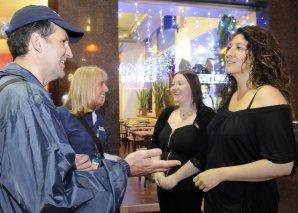 Photo: Pastors and public talking on Sauchiehall Street